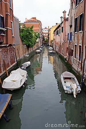 Boats on venice channel