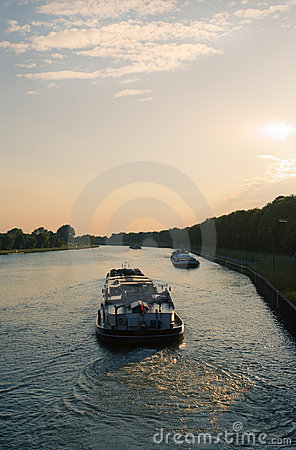 Boats on Wesel-Datteln Canal