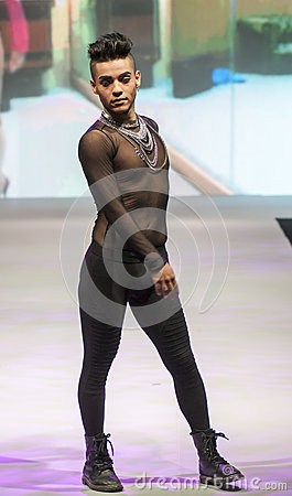 BODY PAINT SHOW CATWALK, COSMOBELLEZA 2014 Editorial Stock Image
