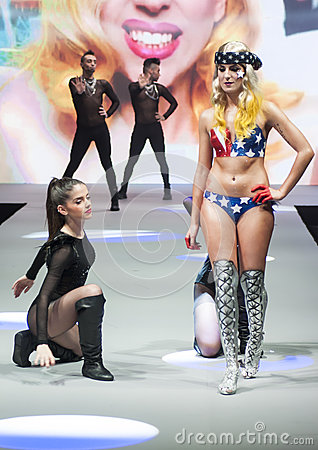 BODY PAINT SHOW CATWALK, COSMOBELLEZA 2014 Editorial Photography