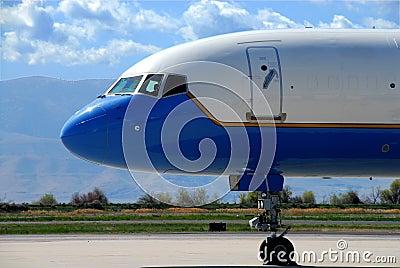 Boeing 757 nose