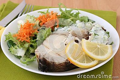 Boiled fork-beard with salad