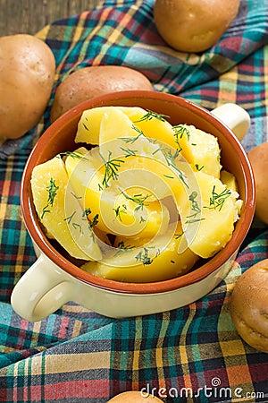 Boiled potatoe