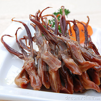 Boiled tongue of duck