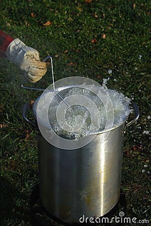 Boiling oil