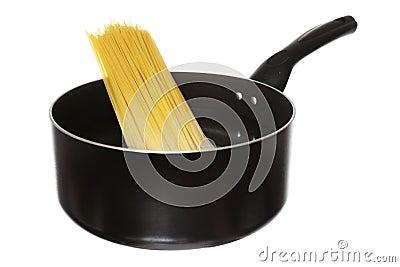 Boiling spaghetti