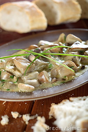 Boletus in the creamy dressing