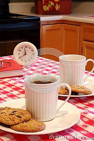 Bolinhos e refeição matinal do café