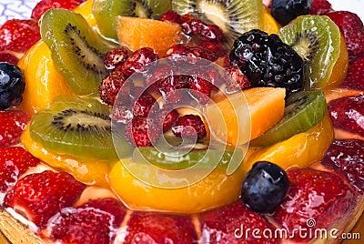 Bolo com frutos frescos