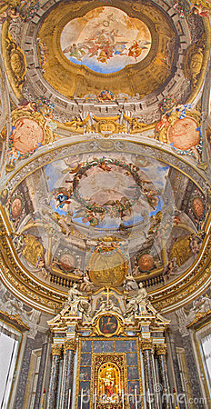 Free Bologna - Ceiling Fresco And Altar From Chapel Of  Stock Photography - 40370752