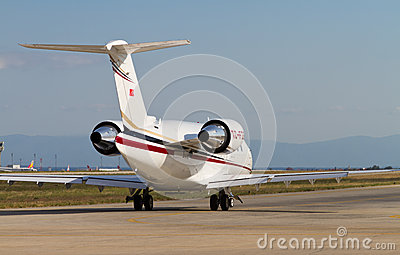 Bombardier CL-600-2B16 Challenger 605 Taxiing Editorial Photography