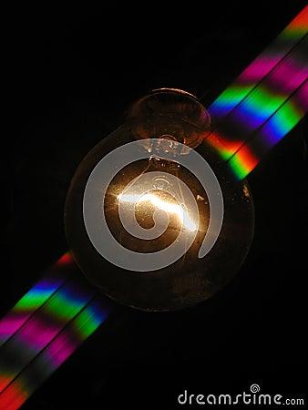 Bombilla y arco iris