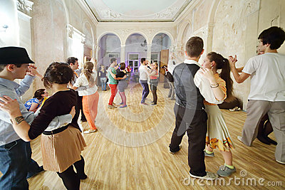 Boogie-woogieparti i det idérika godset FreeLabs Redaktionell Fotografering för Bildbyråer