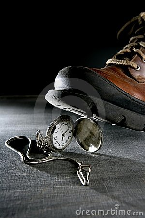 Boot treading an old pocket silver watch