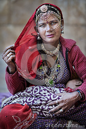 Free Bopa Gypsy Woman From Jaisalmer Region, Indian State Of Rajasthan Royalty Free Stock Photo - 79329455