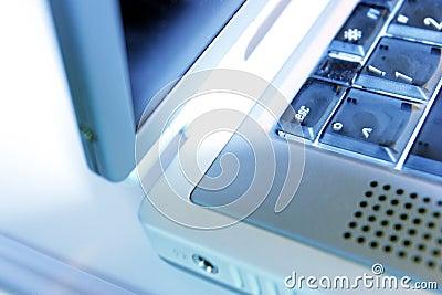 Borde de la computadora portátil
