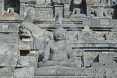 Borobudur - Wall with Buddha statue s