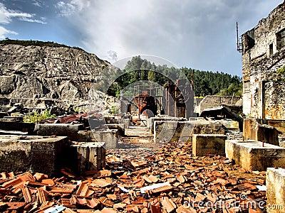 Borralha mines