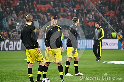 Borussia Dortmund football players are ready to play Editorial Photography