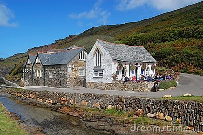 Boscastle, Harbour Light and Youth Hostel
