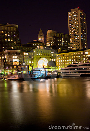 Free Boston At Night Royalty Free Stock Images - 6559009