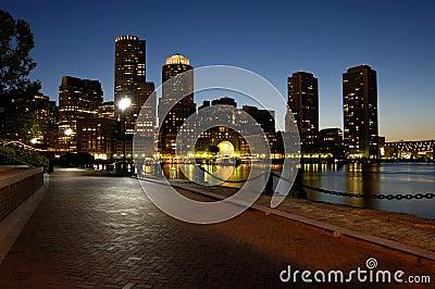 Boston harbar at night