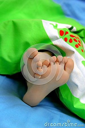 Botte en sommeil avec la pointe du pied