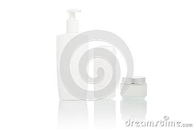 Bottiglie bianche impostate (contenitore dell igiene di bellezza)