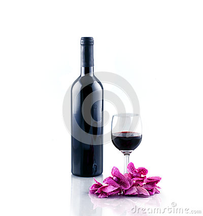 Free Bottle And Glass Of Red Wine Isolated On White Background. Stock Images - 57181274