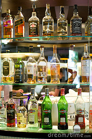 Free Bottles Of Spirits And Liquor At The Bar Royalty Free Stock Photography - 10565797