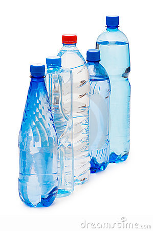 Free Bottles Of Water Isolated Royalty Free Stock Images - 8945119