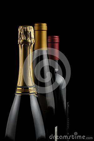 Free Bottles Of Wine Royalty Free Stock Image - 26745116
