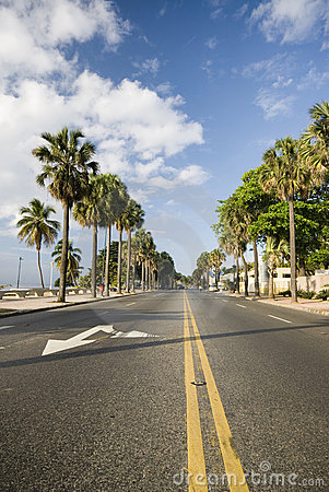 Free Boulevard Santo Domingo Royalty Free Stock Photos - 2053248