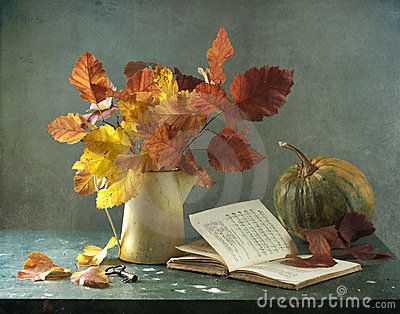 Bouquet of leaves and pumpkin