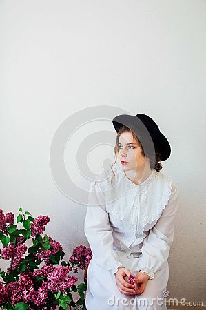 Free Bouquet Of Lilac Flowers In Girl S Hand. Beautiful Girl With A L Stock Photos - 72064303