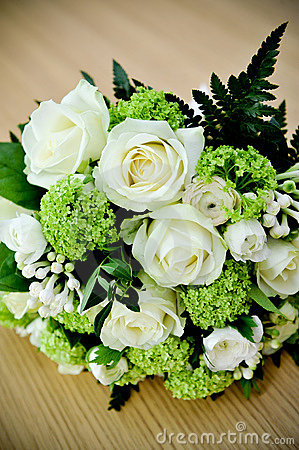 Bouquet of wedding roses