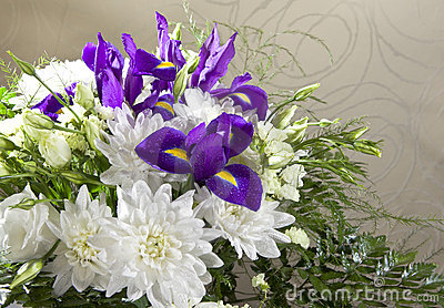 Bouquet of white chrysanthemums, roses
