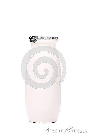 Bouteille en plastique blanche de yaourt.
