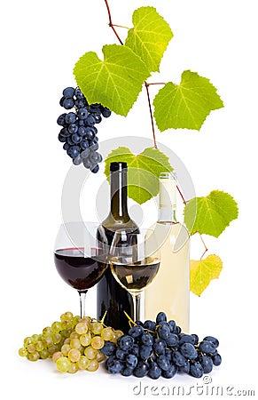 bouteille et verre de vin blanc et rouge photos libres de droits image 34688198. Black Bedroom Furniture Sets. Home Design Ideas