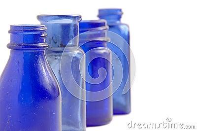 petites bouteilles en verre transparent cru heju blog deco diy lifestyle. Black Bedroom Furniture Sets. Home Design Ideas