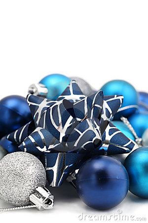 Bow with blue and silver Christmas ornaments