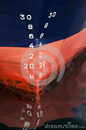 Free Bow Of The Cargo Ship With Draft Scale Numbering Stock Photos - 31266333