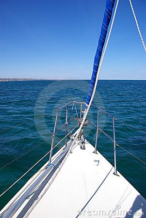 Free Bow Of Yacht Stock Images - 5984504