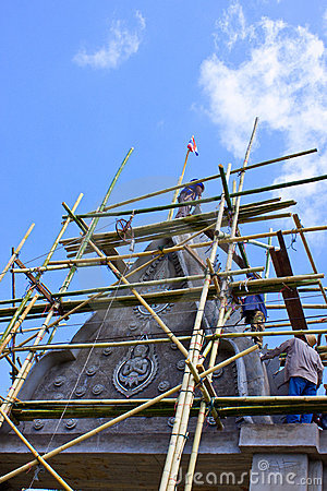 Bower on advancement and bamboo scaffolding