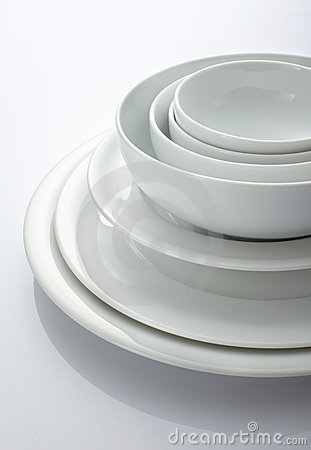 Free Bowl And Plate Royalty Free Stock Images - 12918619