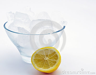 Bowl of ice with lemon
