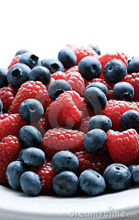 Free Bowl Of Berries Stock Photography - 12958142