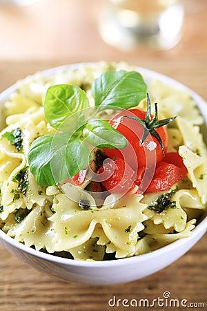 Free Bowl Of Farfalle Pasta Royalty Free Stock Image - 13701936