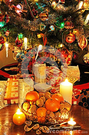 Free Bowl Of Fruit And Christmas Tree. Stock Photo - 33232700