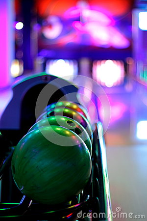 Free Bowling Balls Stock Photo - 33808150
